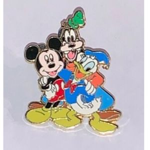 Disney Pin Donald Duck Mickey Mouse Goofy